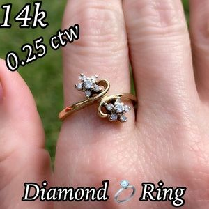 14k Solid Gold 0.25 ctw Flower Intertwined Ring